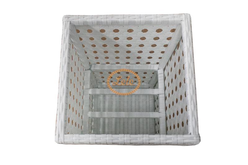 Кашпо из искусственного ротанга 75х45х45 ажурное плетение белое