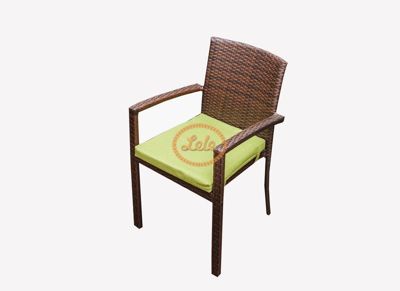 стул с подлокотником из искусственного ротанга тигр